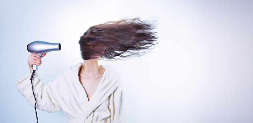 Co ma wpływ na kondycję włosów?