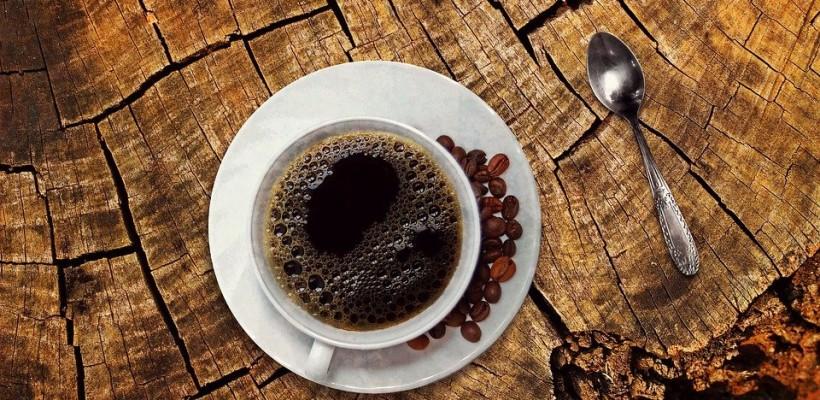 Tych produktów lepiej nie łącz z kawą